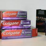 Testy laboratoryjne Colgate wykazały, że pasta do zębów i płyn do płukania ust neutralizują 99,9% wirusa, który powoduje COVID-19