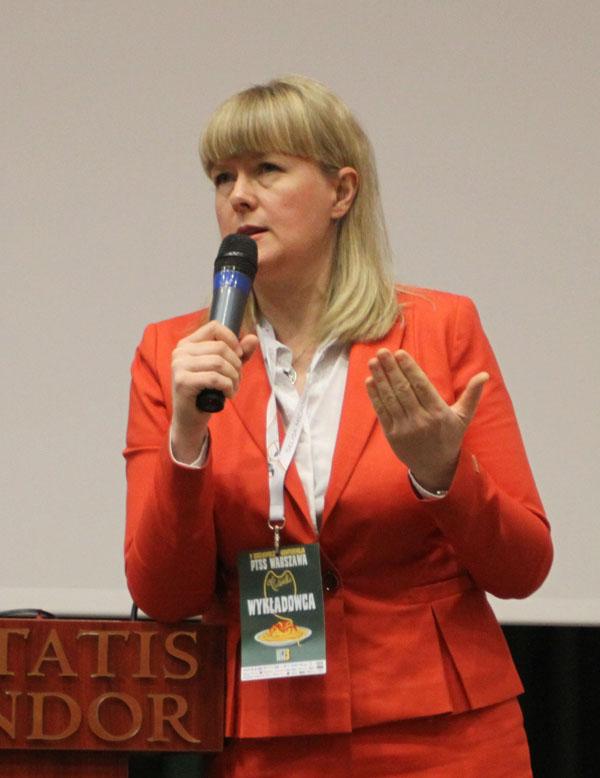 dr hab. n. med. Ewa Czochrowska