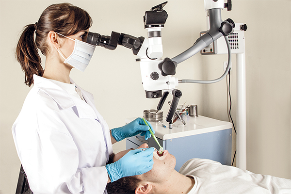Seliga mikroskop w stomatologii fot1 kopiuj
