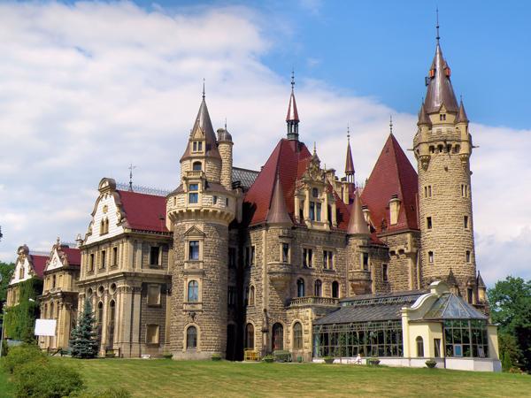 Zamek_w_Mosznej_small